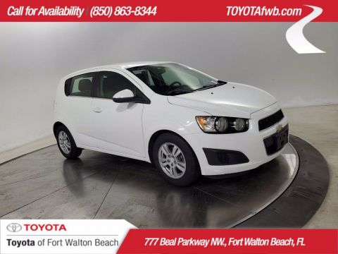 Pre-Owned 2016 Chevrolet Sonic LT FWD Car